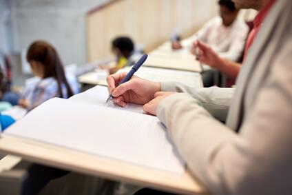 Bachelor und Masterarbeit drucken und binden lassen